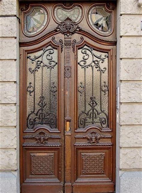r 233 alisation de portes m 233 talliques carcassonne
