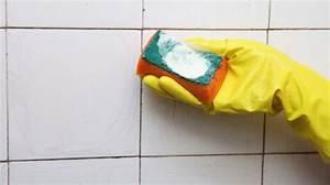 Comment Nettoyer Des Joints De Carrelage Noircis : 7 astuces pour nettoyer efficacement les joints de carrelage ~ Melissatoandfro.com Idées de Décoration
