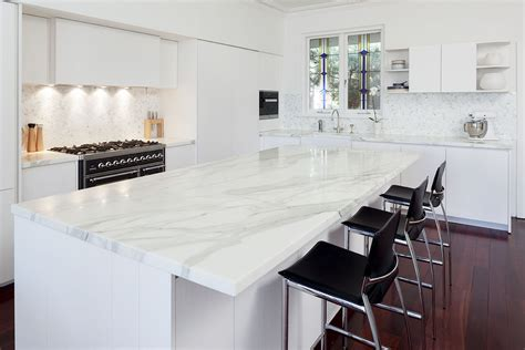 A Comparison Between Natural & Man Made Benchtop Surfaces