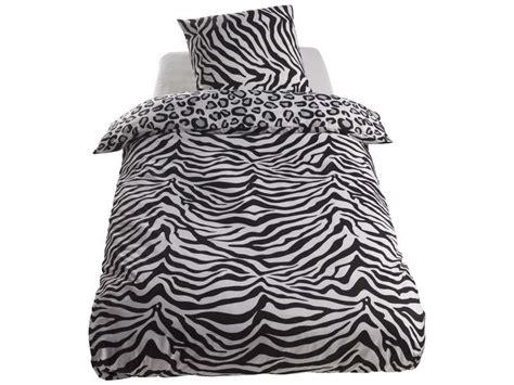 conforama housse de couette 1 personne parure housse de couette 140x200 cm 1 taie d oreiller zebre leopard chez conforama