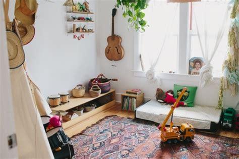 amenager chambre pour 2 filles 1001 idées pour aménager une chambre montessori inside
