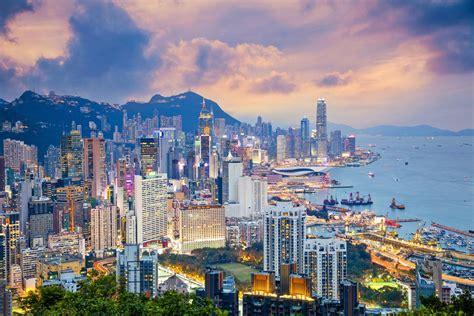 hong kong enters recession official   protests