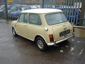 Mini Cooper Beige : 1969 morris mini mini cooper for sale classic cars for sale uk ~ Maxctalentgroup.com Avis de Voitures