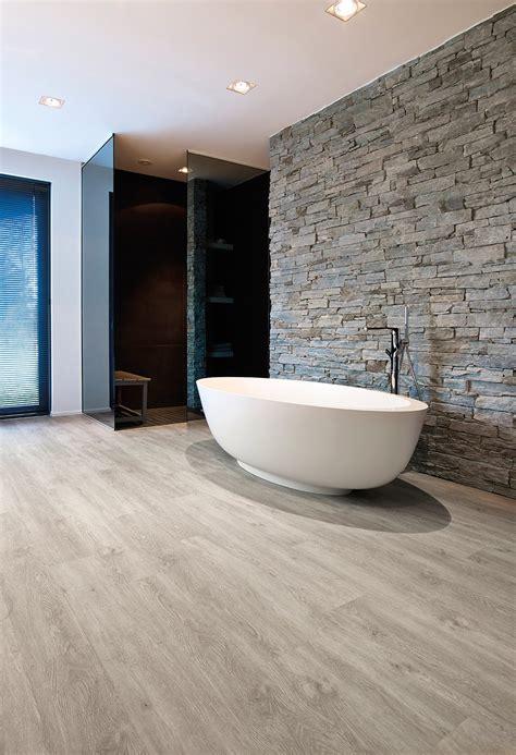 Pavimenti per il bagno Dal travertino al gres Cose di Casa