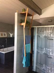 bidouille ingenieuse porte serviette ikea suspendu With porte d entrée pvc avec chaise porte serviette salle de bain