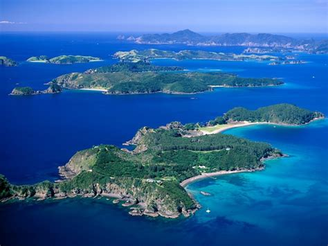 Bay Of Islands New Zealand Information  Hole In The Rock. Sheraton Salzburg Hotel. Country International Hotel. Viscount On The Beach Hotel. Auteuil Tour Eiffel Hotel. Clarion Ernst Hotel. Jiamusi River Sky Hotel. The Old Vicarage Boutique Hotel. Casa Rural Las Nieves Hotel