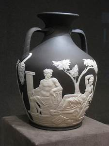 Wedgewood, Vases