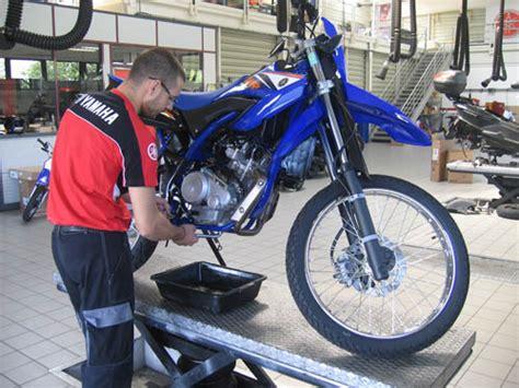 formation mecanique moto afpa tuto entretenir sa moto comme un pro moto revue