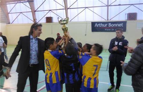 ollioules foot jeunes tournoi de foot en salle