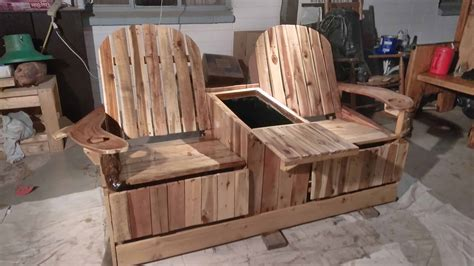 party  pros  person pallet recliner  built  ice
