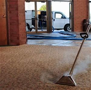 Nettoyage De Tapis : nettoyage de tapis vapeur nettoyer les tapis la vapeur ~ Melissatoandfro.com Idées de Décoration