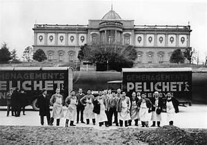 Le Palais De L Automobile : pelichet sa courrier de guerre 1942 devant le palais de l ariana saurer camion poids lourds ~ Medecine-chirurgie-esthetiques.com Avis de Voitures