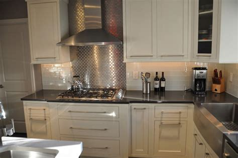 mini subway tile kitchen backsplash 30 successful exles of how to add subway tiles in your 9174