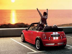 Mini Cabrio Cooper : mini cooper convertible the car of my dreams small and veeeery fast wishes pinterest ~ Dode.kayakingforconservation.com Idées de Décoration