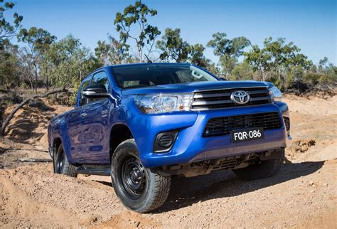 best 4x4 cars top 10 best selling cars in australia during 2016