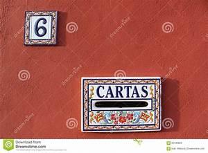 Plaque Numero Maison Design : plaque min ralogique de bo te aux lettres et de num ro de maison en espagne conception bleue ~ Melissatoandfro.com Idées de Décoration