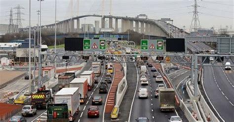 lintas dartford crossing  batas kecepatan  jembatan qeii  kent melawan peringatan