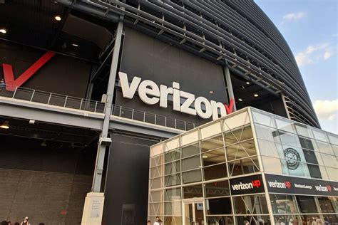 verizon 5g rollout locations phones price and more new verizon 5g unlimited data plan prices comparison get