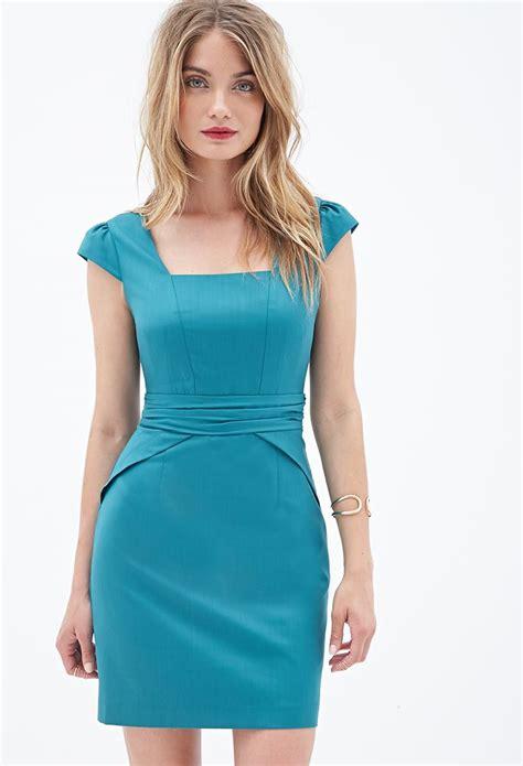 Classic Sheath Dress | Classic sheath dress, Dresses ...