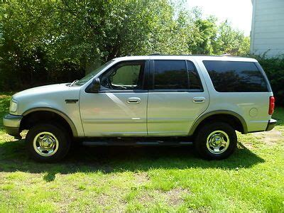 sell   ford expedition xlt   rows liter