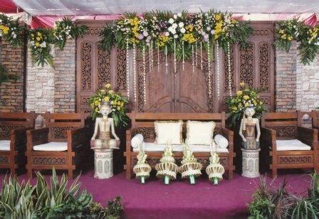 rias pengantin ayupangrukti dekorasi pelaminan rias