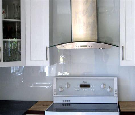 bureau en bois blanc cuisine verre ébène