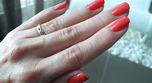 Wie Lange Muss Wandfarbe Trocknen : so lange musst du den essie nagellack wirklich trocknen lassen ~ Watch28wear.com Haus und Dekorationen