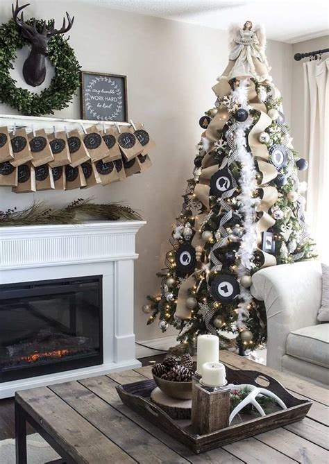 idee deco arbre noel noir  blanc idee