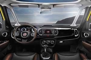 Fiat 500 Toit Panoramique : fiat 500l trekking 2014 interieur ~ Gottalentnigeria.com Avis de Voitures