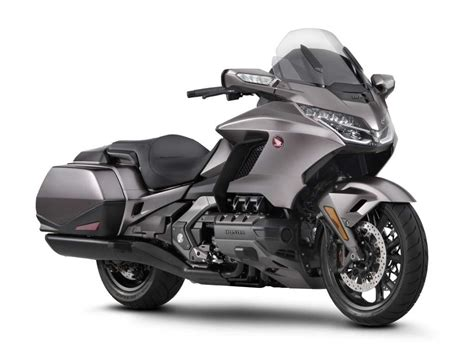 Review Honda Goldwing by 2018 Honda Gold Wing Review Total Motorcycle
