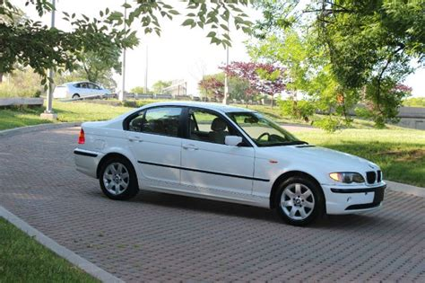 2003 Bmw 3 Series 323i 4dr Sdn Sedan Details Woodside, Ny
