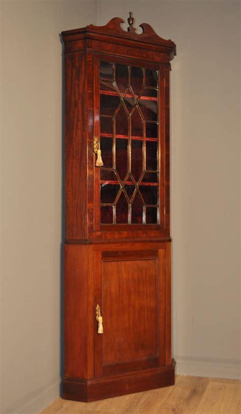 mahogany corner display cabinet attractive antique mahogany corner display 7319