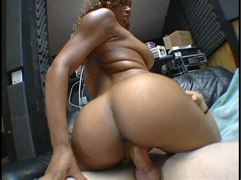 #Cute #And #Fresh #Ebony #Girl #Is #Riding #Old #Dick #@ #Jlobster