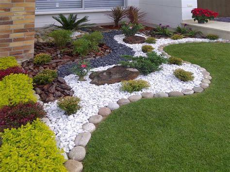 transformacion de jardines cesped artificial
