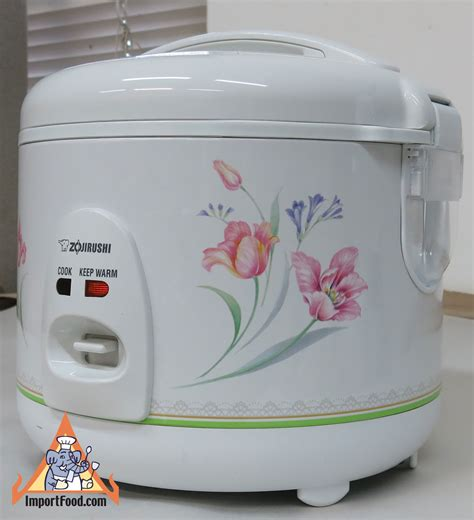 rice in rice cooker rice cooker made in thailand by zojirushi available online from importfood com