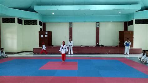 Gerakan Jurus Fomsae Taekwondo - YouTube