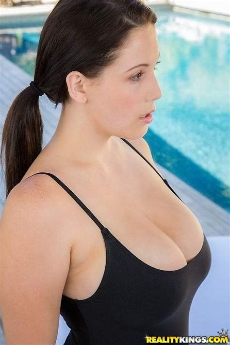 Noelle Easton | Women of Dreams | Pinterest | Sexy, Women