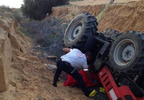 Thai foreign worker killed in tractor accident in south ...