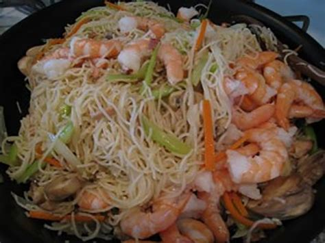shrimp mei fun noodles mei fun noodles chow fun recipe fun noodles