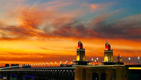 ท้องฟ้าเหนือเมืองหนานจิงยามพลบค่ำสวยงามมาก-CRI