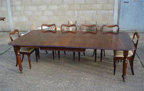 Extraodinary Dining Room Table Seats 10