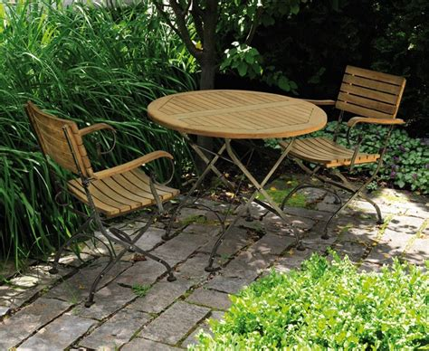 Garden Bistro Table And 2 Arm Chairs