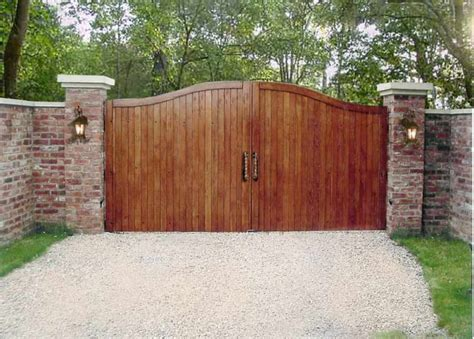 wood gates pictures driveway gate pictures