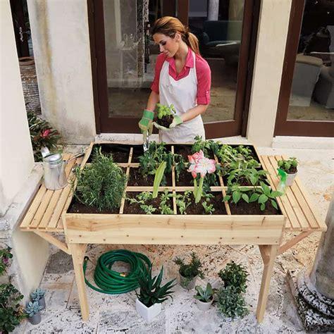 garden tables    grow veggies herbs  flowers