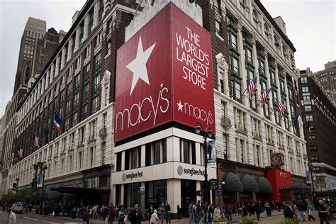 Things Keep Getting Worse For Macy's