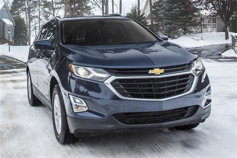 Jeep Chevrolet by 2018 Chevrolet Equinox Vs 2017 Jeep Which Is