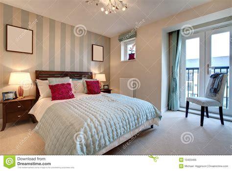 chambres d4hotes chambre à coucher moderne sophistiquée image libre de
