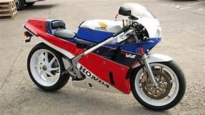 Honda Rc 30 : honda rc30 gallery classic motorbikes ~ Melissatoandfro.com Idées de Décoration