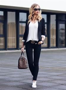 Sportlich Elegante Outfits Damen : 10 wardrobe key pieces every closet needs my philocaly ~ Frokenaadalensverden.com Haus und Dekorationen