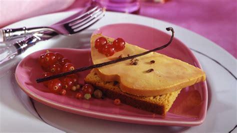 foie gras canape foie gras sur canapé de d 39 épices pour 4 personnes